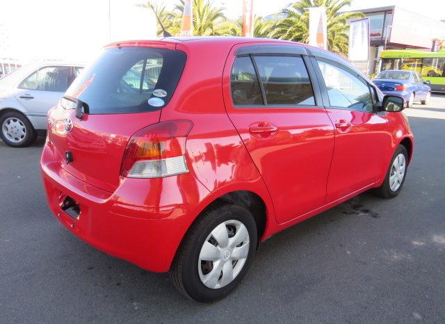 Toyota Vitz full