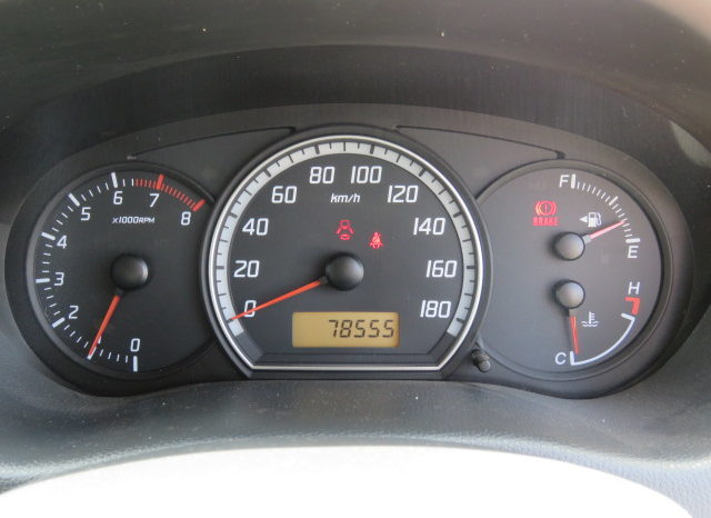 2004 Suzuki Swift full