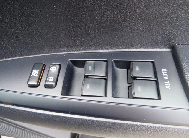 2013 Toyota Corolla Fielder full